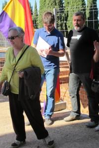 Emilia Cañadas, presidenta de honor del Foro, dirige unas palabras de ánimo y unidad en la lucha