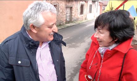 José Gonzalez alcalde de Mirabueno y Gabriella Manelli (ANPI Parma)