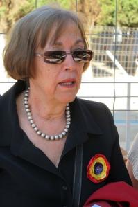 Ludivina García Arias , pta de la Asociacion Descendientes del Exilio Español, durante su intervención en el acto de homenaje
