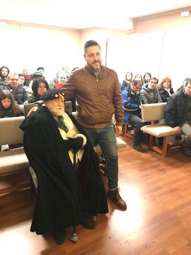 Homenaje a Virgilio Fernández en el salón de plenos de Brihuega, FMGU