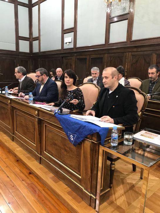 Aprobación de la moción en la Diputación provincial en defensa de las victimas guadalajareñas del nazismo, en enero de 2018. FMGU